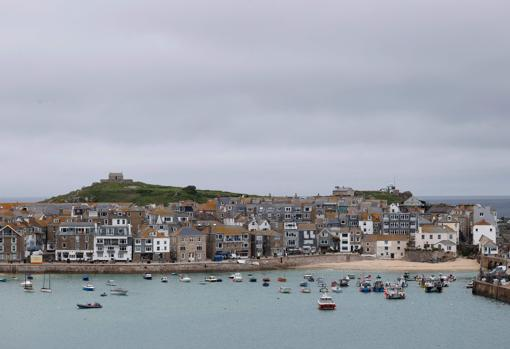 St Ives, just a mile from Carbis Bay